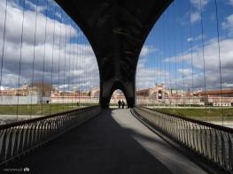 Bridge over Madrid Río / Puente sobre Madrid Río
