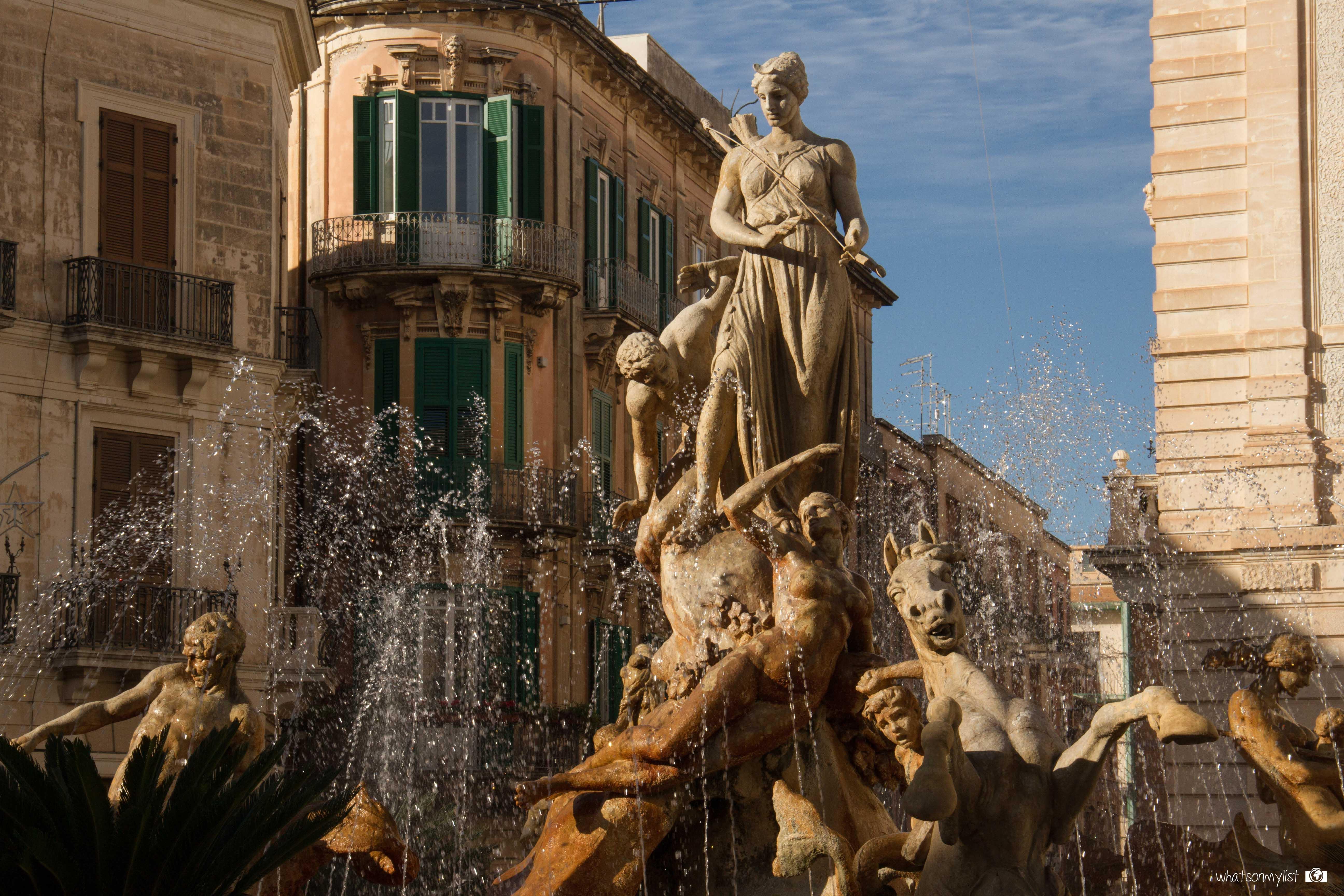 Fontana di Diana Isla di Ortigia